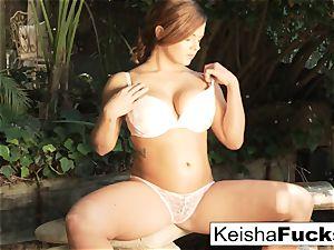magnificent honey Keisha takes a ample ebony hard-on outdoors