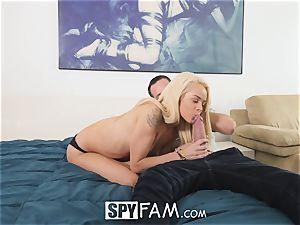 SpyFam Step step-sister Elsa Jean gets pounding tips