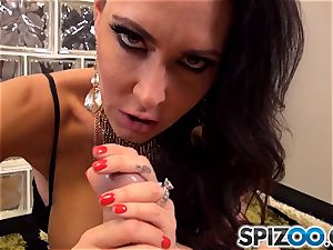 Jessica Jaymes getting her face decorate in goo