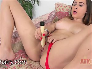 Ashley Adams loves to plaything with her cunt
