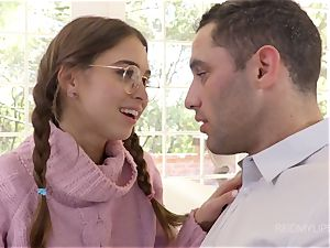 Bespectacled schoolgirl Riley Reid entices her adult buddy