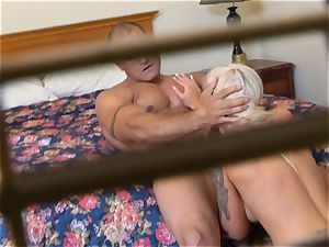 insatiable Nina Elle tears up her fellow at the hotel