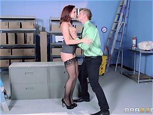 Chanel Preston pokes her stellar man at work