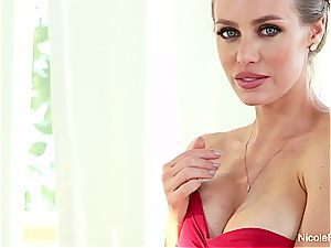 platinum-blonde hotty Nicole gives a cute pov deep throat