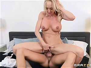 Brandi enjoy screwed in her raw snatch