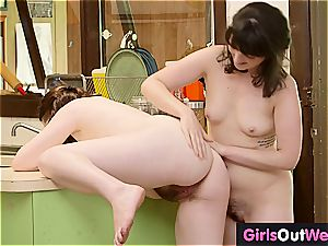 Randy unshaved lezzy girls slurp each other