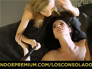 LOS CONSOLADORES - dirty stunners have insane threesome romp