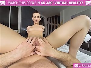 VRBangers.com lithe Jill Will spread Her mouth-watering vagina