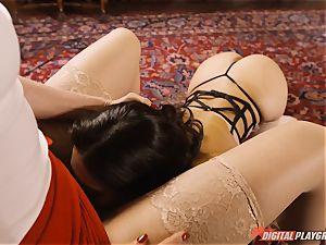 Eva Lovia and Angel long enjoy to munch pussyhole