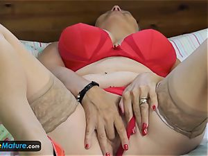 EuropeMaturE superb big-titted grannies Compilation