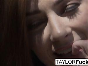 Taylor Vixen Solo onanism