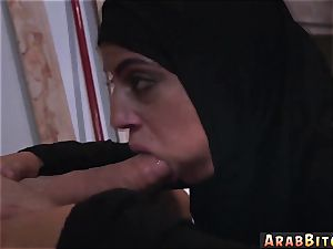 Homemade arab blow-job bone desires!