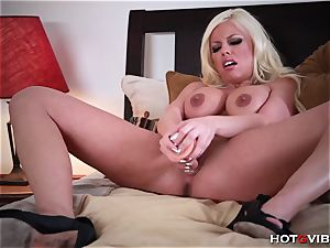 In sofa with Britney Amber